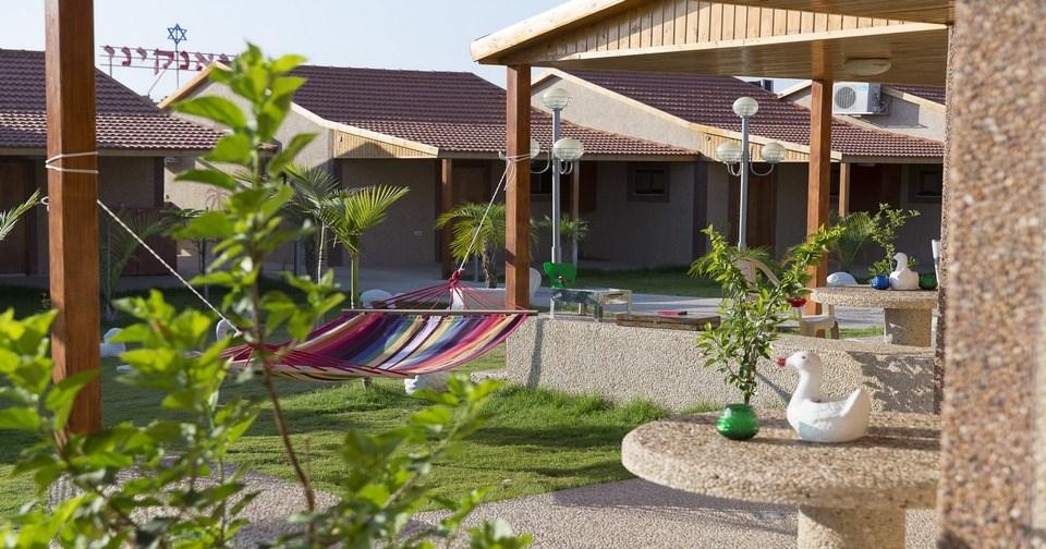 צימר מדבר חצר - מלון ביאנקיני
