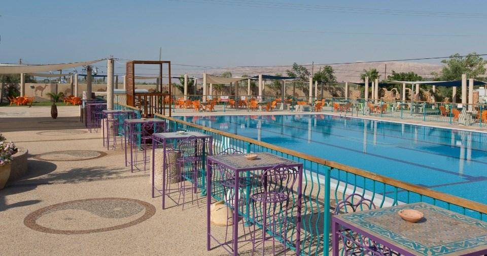 בריכה - מלון ביאנקיני בים המלח