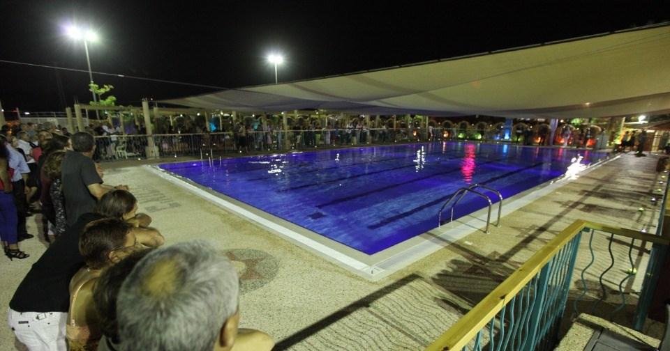 מלון ביאנקיני -  בריכה בלילה